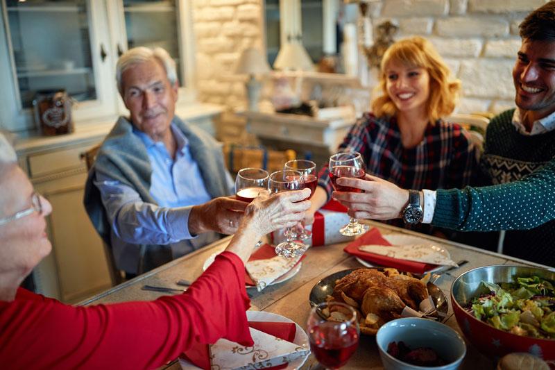 Top 3: Weihnachtsgeschenke für Schwiegereltern